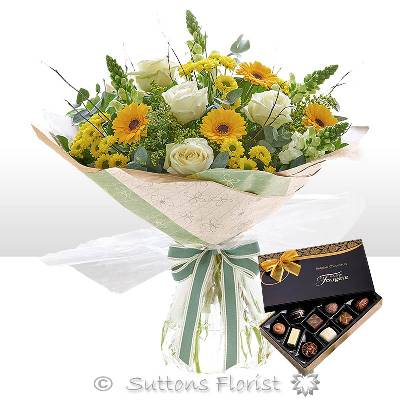 Golden Charm Hand tied with Belgian Chocolates (115g)