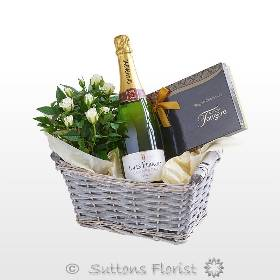 *Luxury Champagne Gift Basket