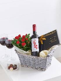 Luxury Red Wine Gift Basket.