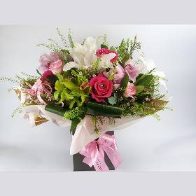 Luxury Mothers Day Hand Tied